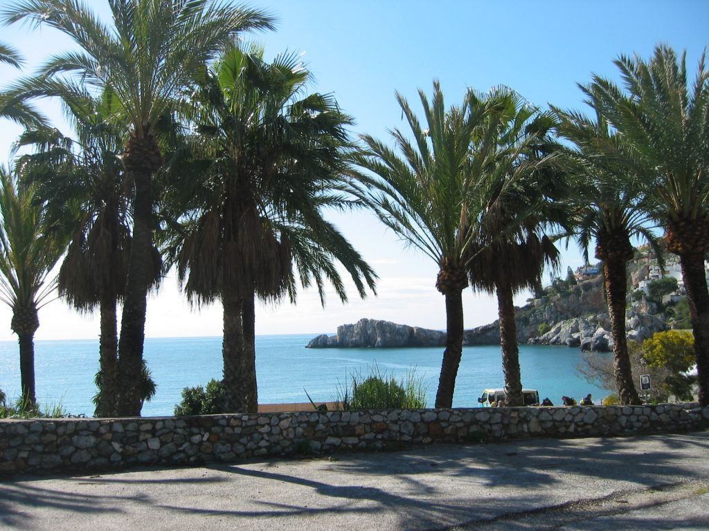 Almunecar beach. Near villa for rent Colina Tropical, Spain